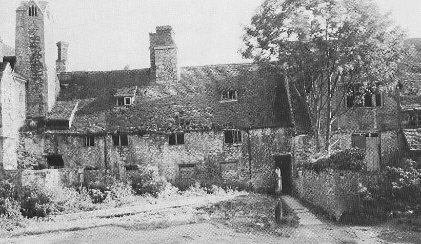 Unicorn Theatre building as three cottages in about 1939