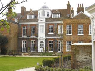 Twickenham House, rear view © Michael Harrison 2013