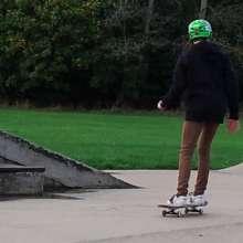 landingpage_skateboard at skatepark.jpg