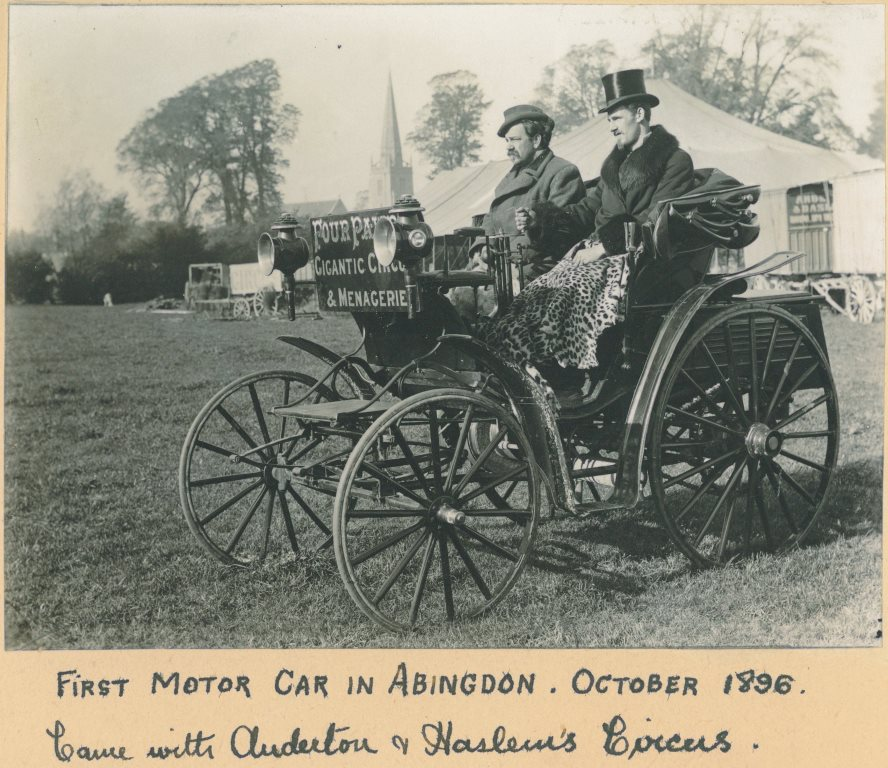 The first car seen in Abingdon, arriving with a circus in 1896.