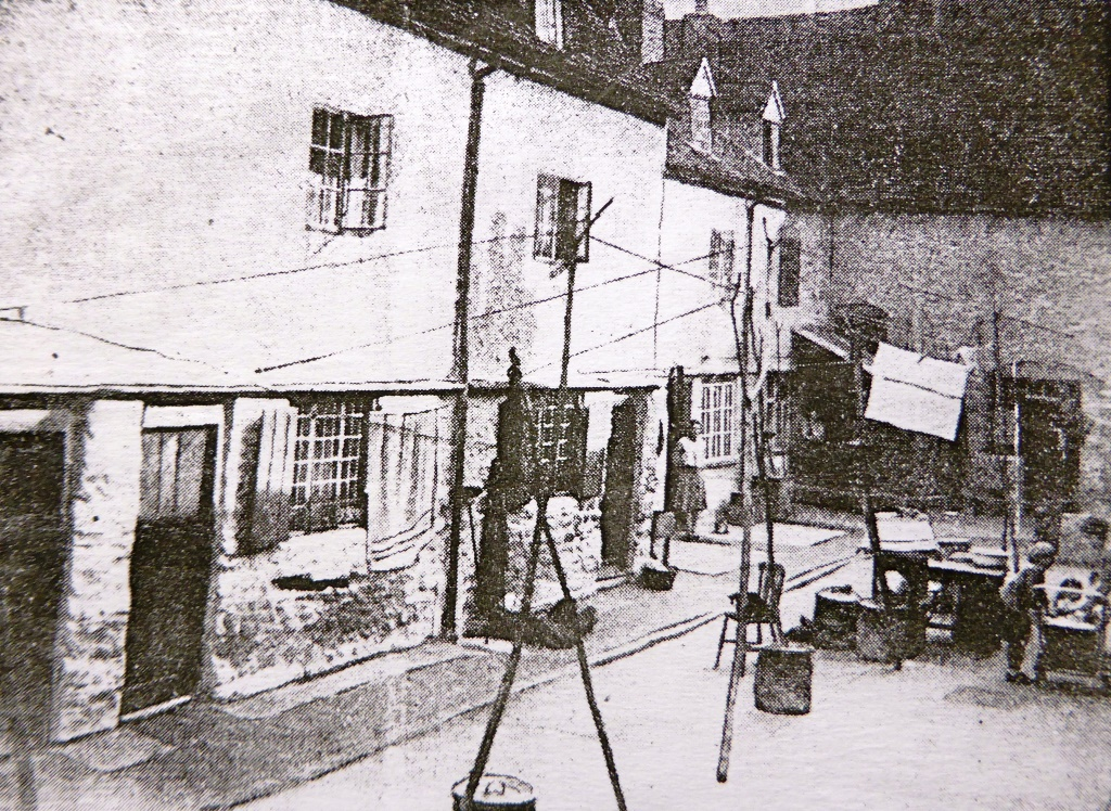 Court No. 7, West St Helen Street, in 1933, twenty years later. The courts were demolished following the slum clearance that started in the mid-1930s.