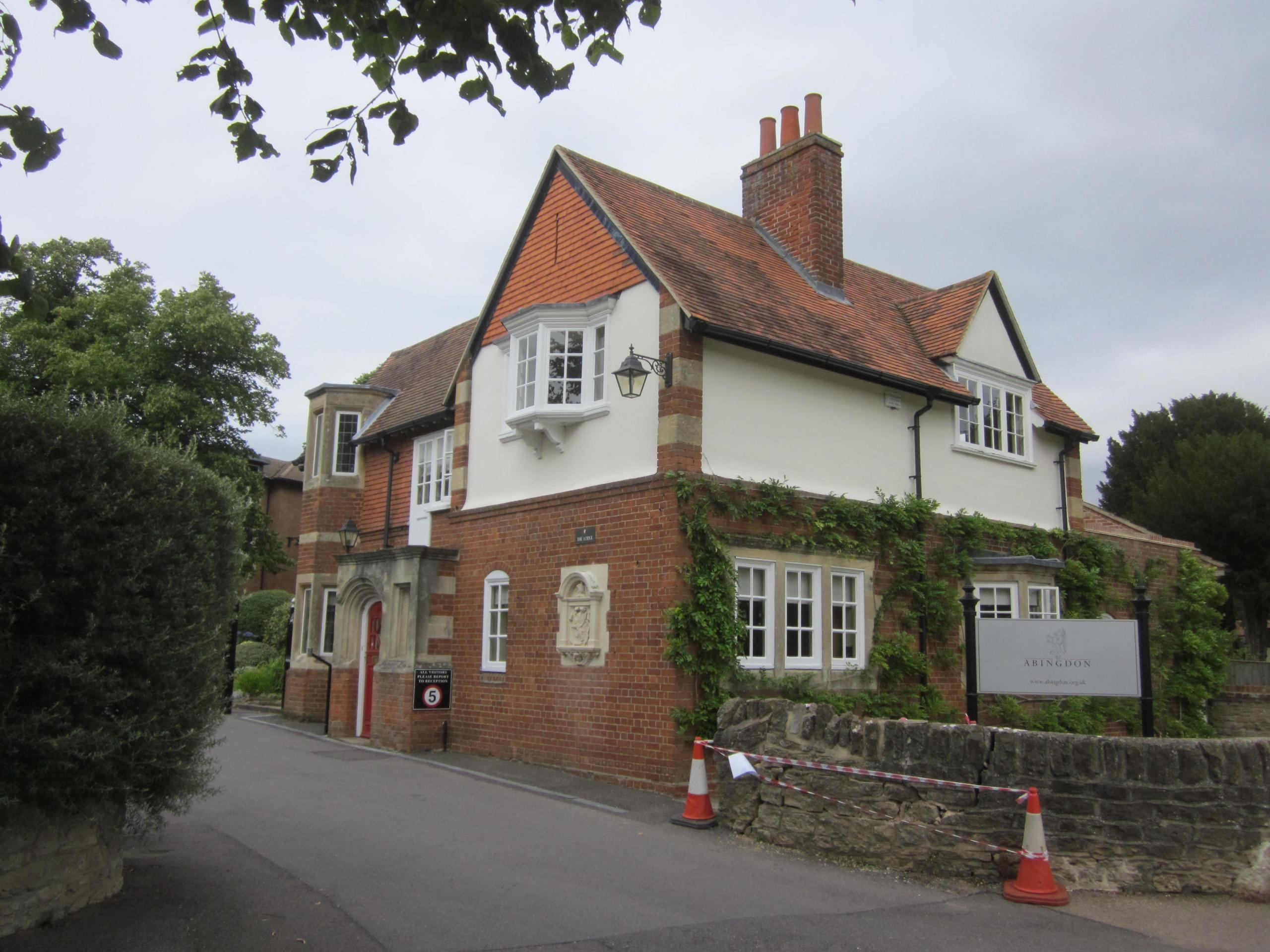 history_The-Lodge-Abingdon-School-scaled