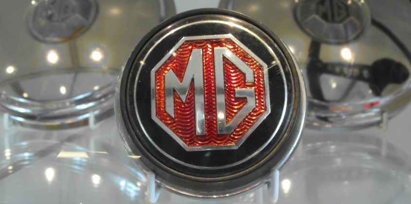 MG 90 exhibition opens