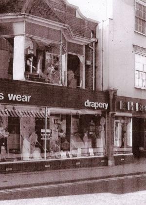 Barrett shop 1984 cropped