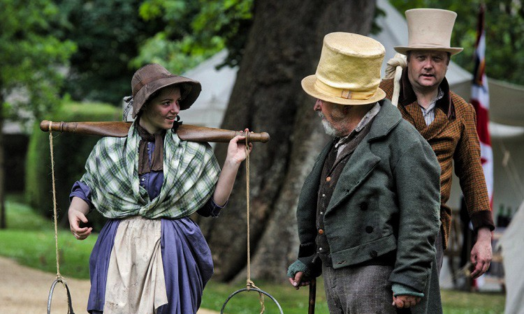 The Ragged Victorians will be in Abingdon this weekend