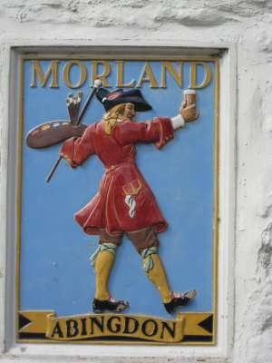The Morland trade mark outside a former Morland pub (Photo © M.Brod)