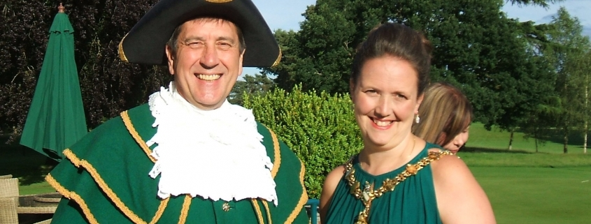 The Town Crier gave an Abingdon welcome to the guests as they arrived