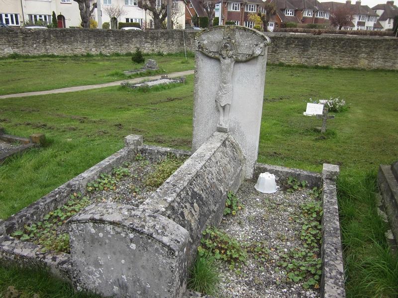 Figure 23 Earl of Abingdon grave (© D Clark 2015)