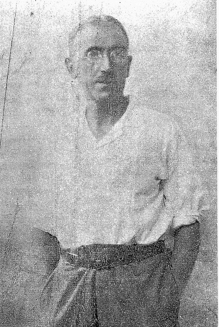 Fig. 1 Portrait of the artist as Guru
