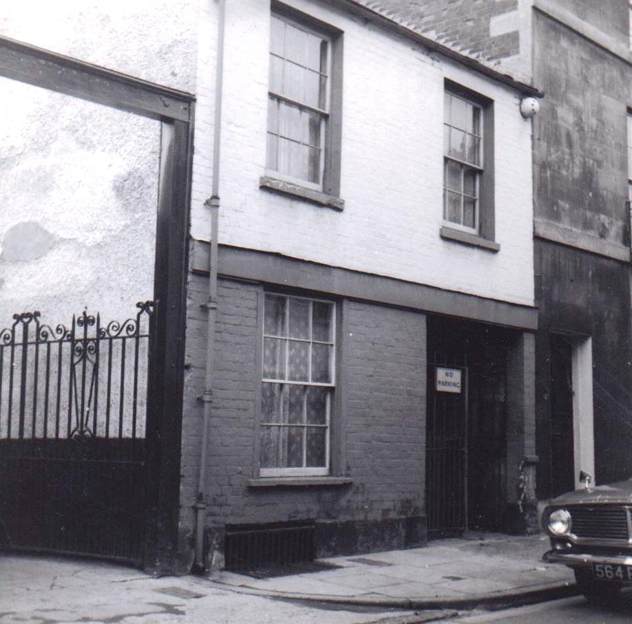 35 East St Helen Street in 1963. The house had been built by the Godfreys in about 1828.