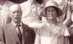 bert_and_kath_1930_extract_from_family_wedding_photo_-_ed_0.jpg