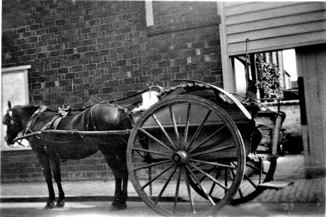 A milk cart similar to the one George Argyle would have used.
