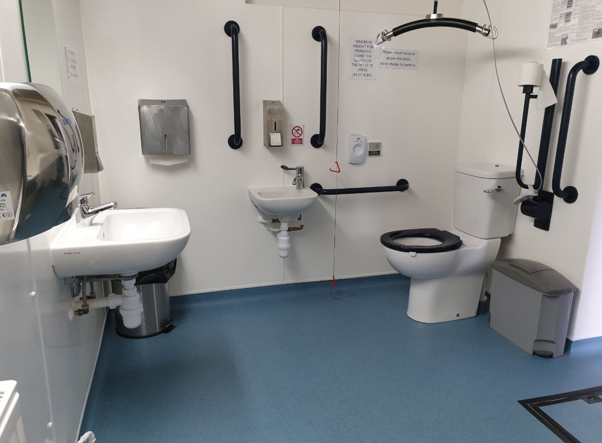 Space to change toilet: