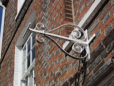 Figure29Sign at 18 East St Helen Street (© David Clark, 2020)